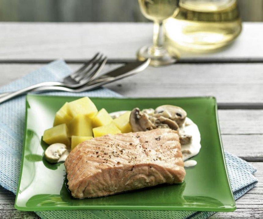 Salmón con champiñones y patatas en Thermomix