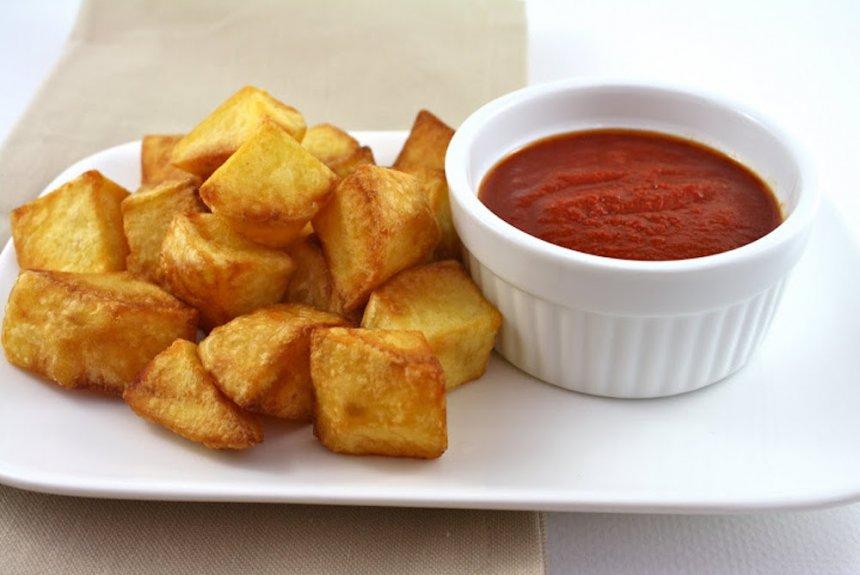 Salsa para patatas bravas casera