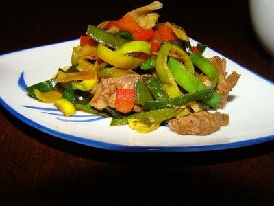 Salteado de carne con verduras