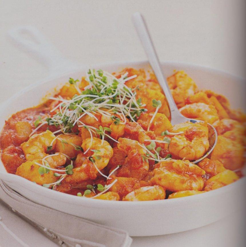 Salteado picante de langostinos y patatas