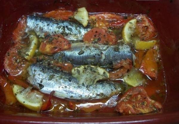 Sardinas al limón al horno griegas