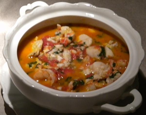 Sopa de marisco moctezuma