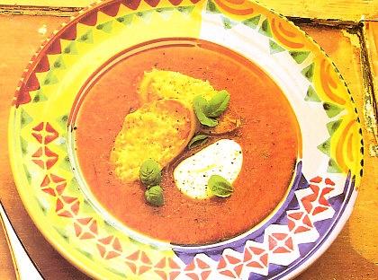 Sopa fresca de tomate