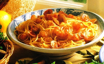 Espaguetis con gambas