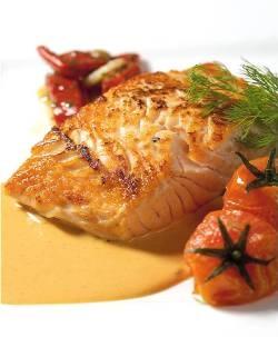 Supremas de salmón con crema de escalibada