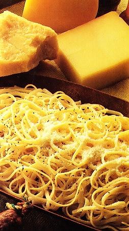 Tallarines a los 4 quesos