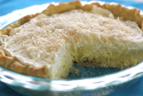 Tarta de crema con coco