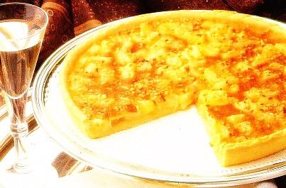 Tarta de piña con crema de almendras