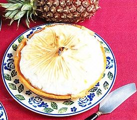 Tarta de piña merengada