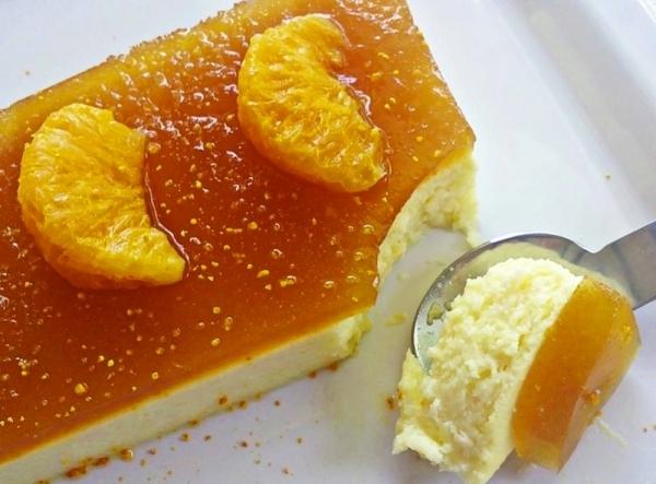 Tarta de queso con gelatina de mandarina