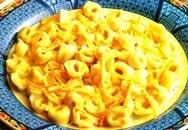 Tortellini con salsa de naranja