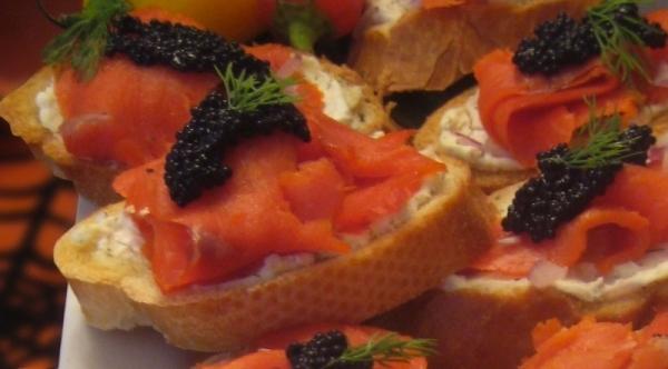 Tostada de salmón