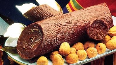 Tronco de Navidad de castañas y mousse de chocolate
