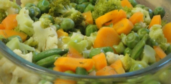 Verduras variadas con salsa al pesto