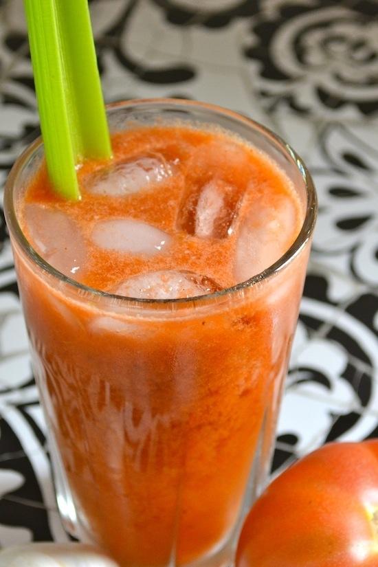 Zumo de zanahoria, tomate y pepino