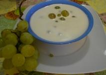 Ajo blanco con nueces