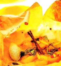 Receta de Albaricoques en papillote con helado de vainilla