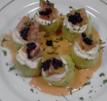 Alcachofas con salmón ahumado y salsa muselina
