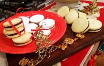 Alfajores navideños rellenos de chocolate
