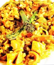 Arroz con verduras y bacalao