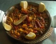 Arroz picante de pollo, chistorras y verduritas