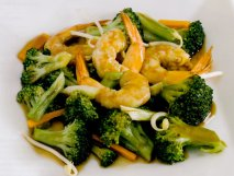 Brócoli con langostinos