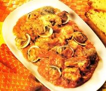 Cabracho al tomate con trufas de mar