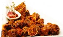 Caracoles con salsa