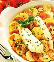 Cazuela de merluza con tomates