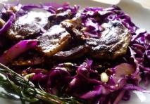 Receta de Chuletas de cerdo con castañas y lombarda