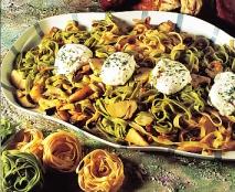 Receta de Cintas de pasta con setas y huevos