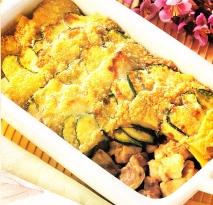 Conejo en costra de calabacines y patatas