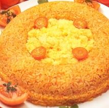 Corona de arroz con huevos