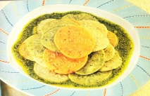 Corzetti de colores con pesto de calabacín