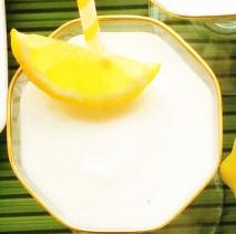 Crema espumosa de limón