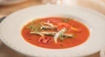 Crema fría de tomate con sardinas
