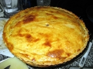Empanada de alcachofas y huevo
