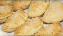 Empanadillas de boniato y almendra