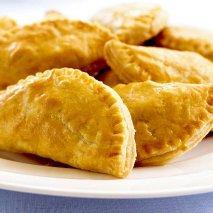 Empanadillas de carne ternera y piñones
