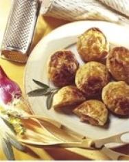 Empanadillas de jamón y salchichas