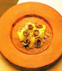 Ensalada al puñetazo con anchoas