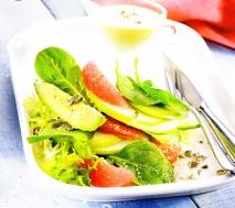 Ensalada de aguacate y frutas