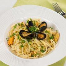 Receta de Espaguetis con mejillones