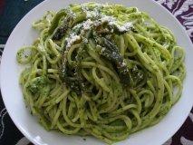 Espaguetis verdes de guisantes