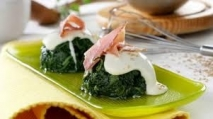 Espinacas con bechamel y jamón