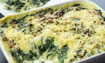 Receta de Espinacas con bechamel y nueces