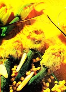 Flores de calabacín rellenas de bacalao confitado y fritas en tempura