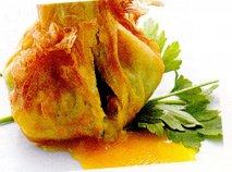 Huevo frito con chorizo en brick