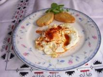 Huevos al pimentón
