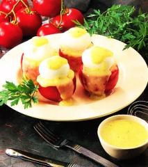 Huevos con tomates a la bearnesa